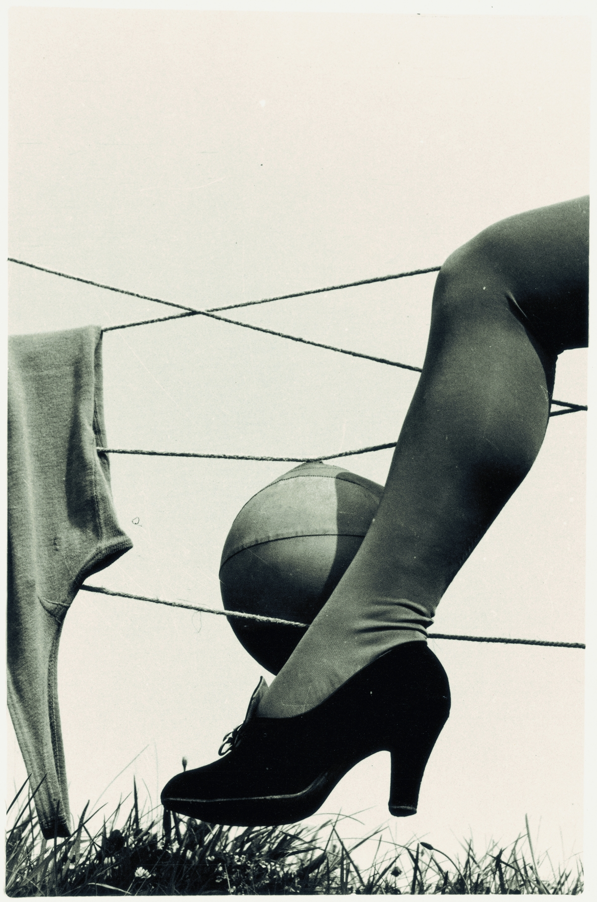 Josef Bartuška, Composition with leg and ball